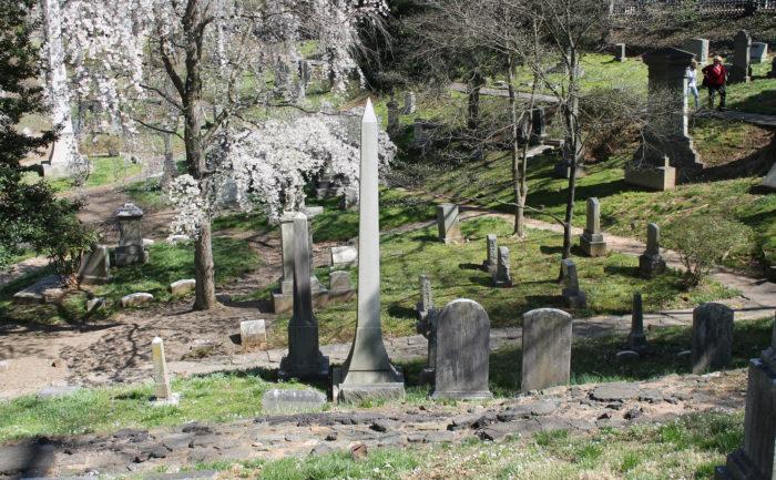 3. Oak Hill Cemetery