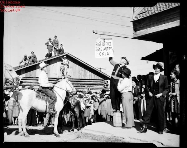 """11. In 1941, the town of Berwyn was renamed """"Gene Autry"""" in honor of Gene Autry. An estimated 35,000 people attended the ceremony, including Oklahoma's governor, Leon Phillips."""