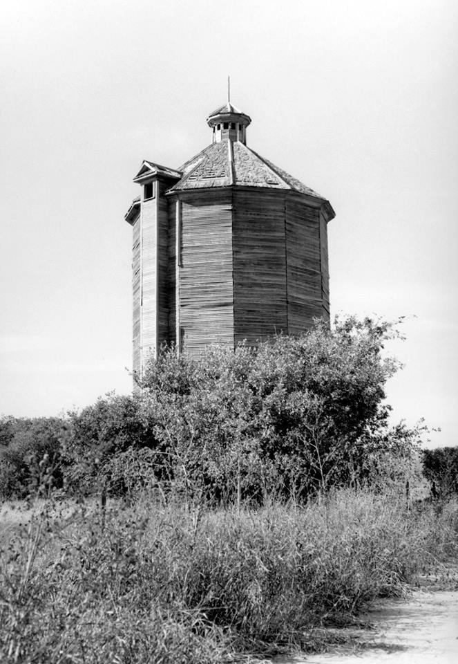 9. Davison Silo, Ellison County built in 1918. The silo stood 36-feet-tall and had 14 sides of all wood. It was topped with a roof of 14 wedge sections reaching to a pinnacle crowned by a 14-sided cupola.