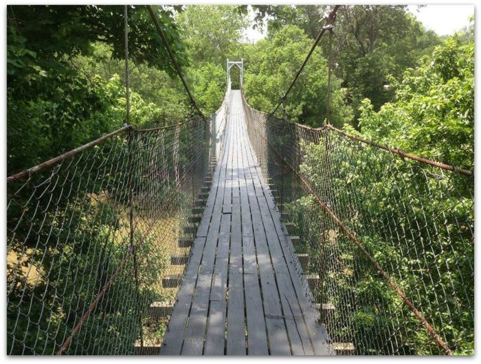 Swinging bridge in york pa