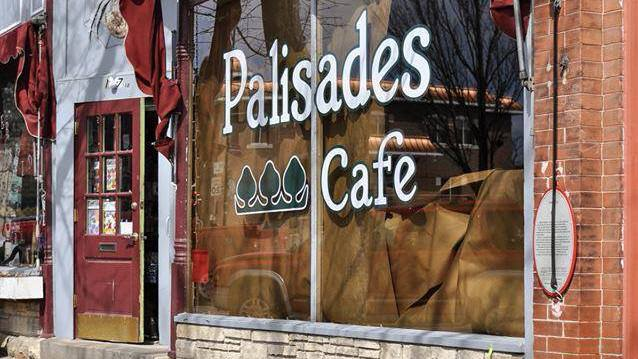 8. Palisades Cafe, Mount Vernon