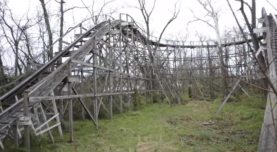 Creepy Abandoned Amusement Park In Pennsylvania