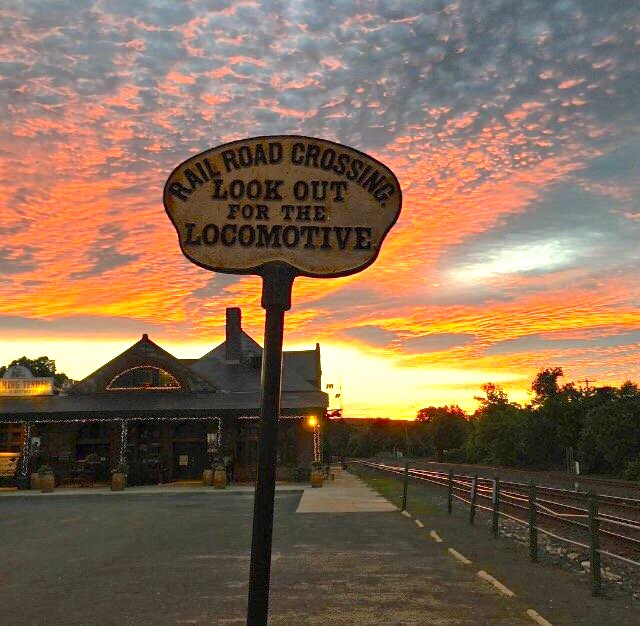 This is one Massachusetts restaurant that offers a dining experience like no other. You'll get all the beauty and excitement of trains roaring by without ever having to worry about missing your ride.