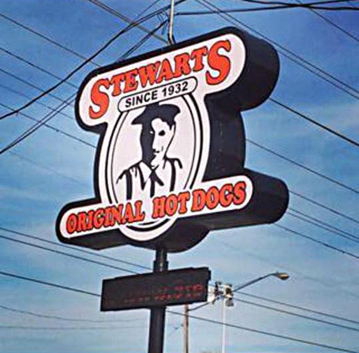 8. Stewart's Original Hot Dogs, Huntington and Kenova