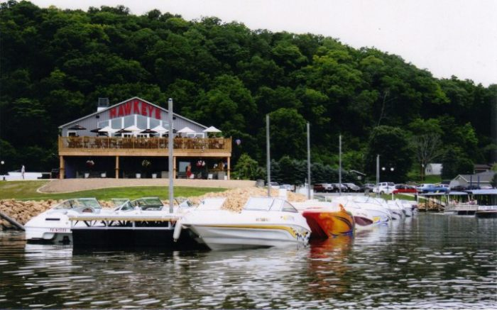 6. The View Bar & Grill, Dubuque