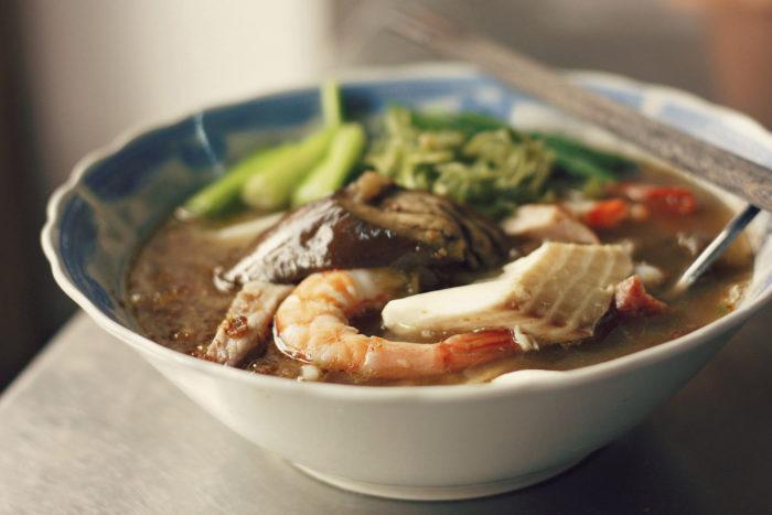7. Enjoy authentic Vietnamese food in Sacramento.