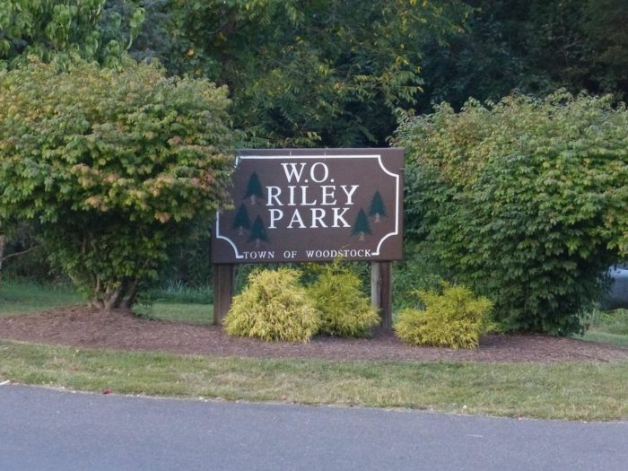 wo-riley-park-sign