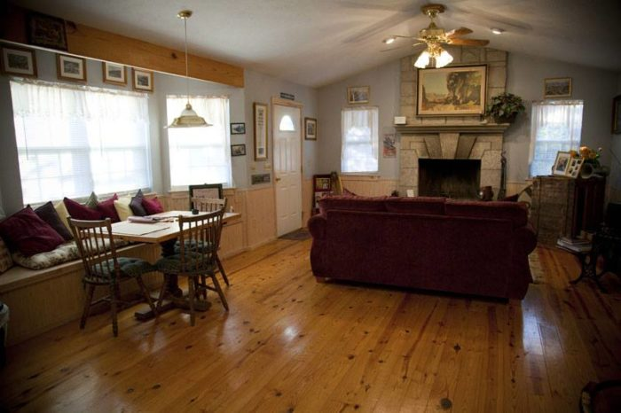 Fashioned after an old-timey train depot, this reproduction has tons of natural light.
