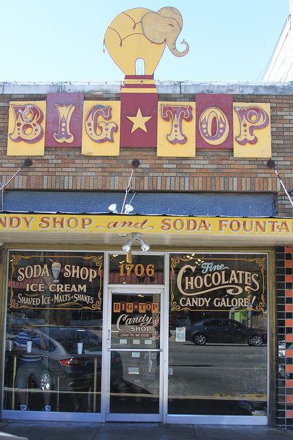 This circus-themed candy store is like a time machine to the 50s and 60s.