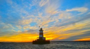 Spend The Night In This Massachusetts Lighthouse For An Unforgettable Experience