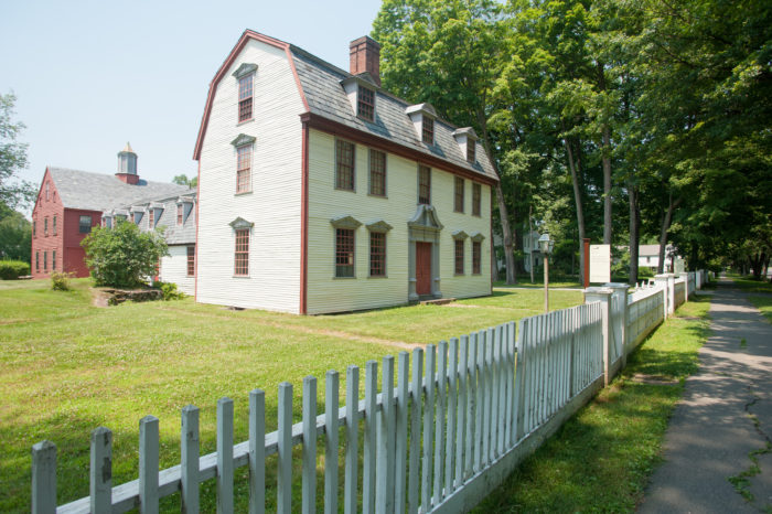 You can take a number of tours with different themes. Learn about the history of the village, take an outdoor walking tour, or even get to know everyday life in historic Deerfield.