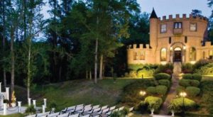 Entering This Hidden Louisiana Castle Will Make You Feel Like You're In A Fairy Tale