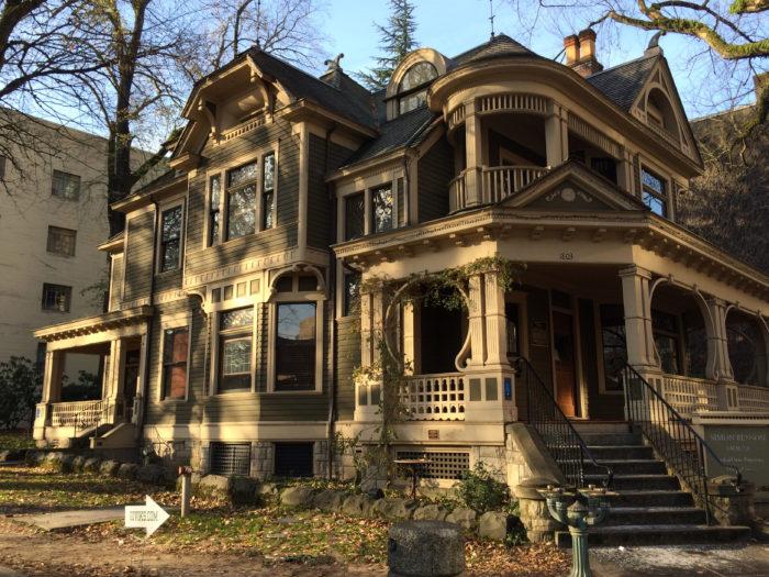 5. Simon Benson House