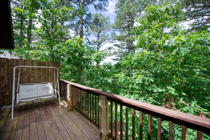 There are also decks that give an incredible view of the surrounding forest.