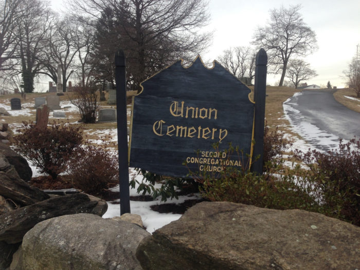We dare you to visit Union Cemetery in Easton!