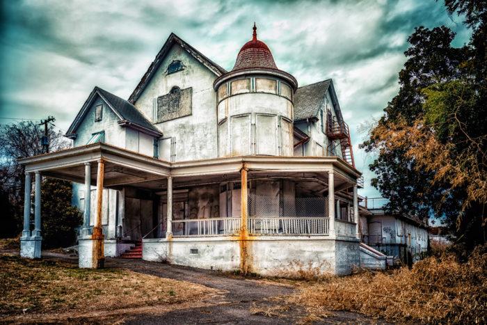 5. Barton Mansion (Richmond)