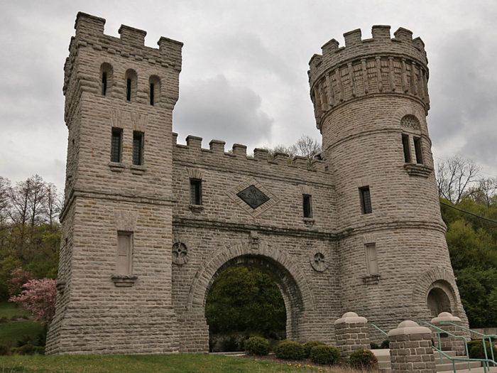 5. Elsinore Arch (Cincinnati)
