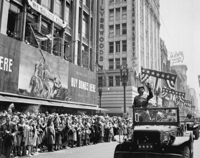 10. Los Angeles: June 9, 1945 during a parade welcoming a visiting General George S. Patton.