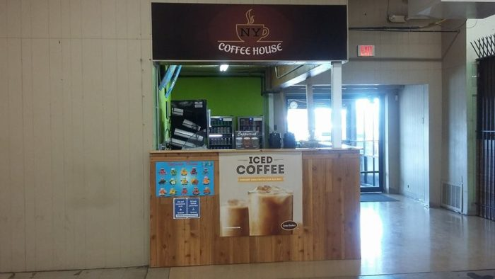 Did we mention that there is also an in-house coffee shop and snack bar?