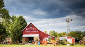 You'll Love These 11 Charming Farms Nestled In The Middle Of Nowhere In Kansas