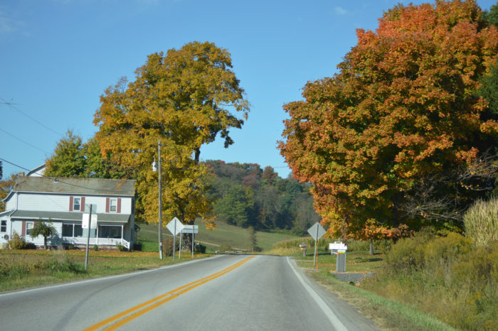 1. The Ohio Amish Country Byway (Holmes County)