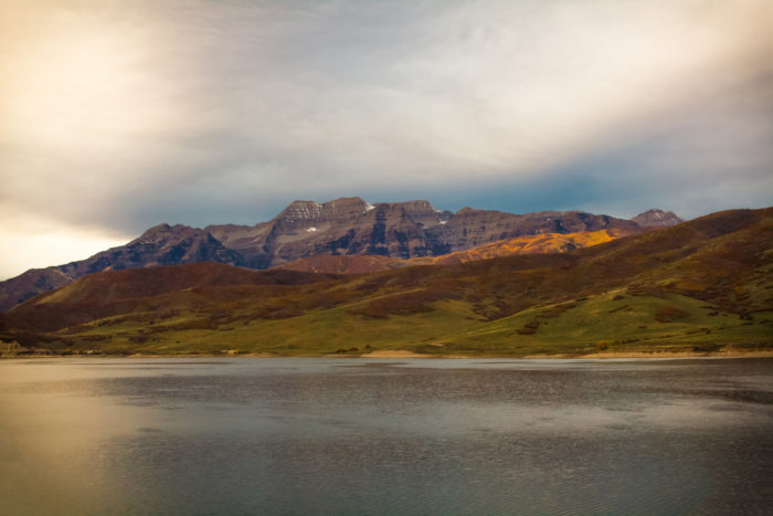 This trip is just 90 minutes long and takes you along the banks of Deer Creek Reservoir, through the pastoral Heber Valley.