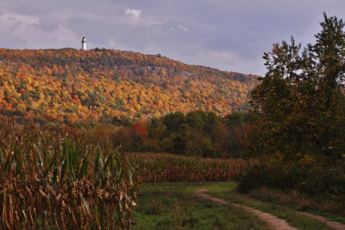 5. Talcott Mountain State Park in Simsbury offers one of the most beautiful trails in the state!
