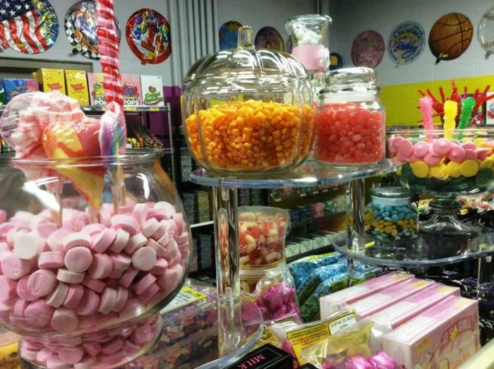 There's something so nostalgic and lovely about scooping up a hearty helping of candy from a beautiful glass jar.
