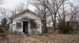 The Abandoned Town In Oklahoma That Most People Stay Far, Far Away From