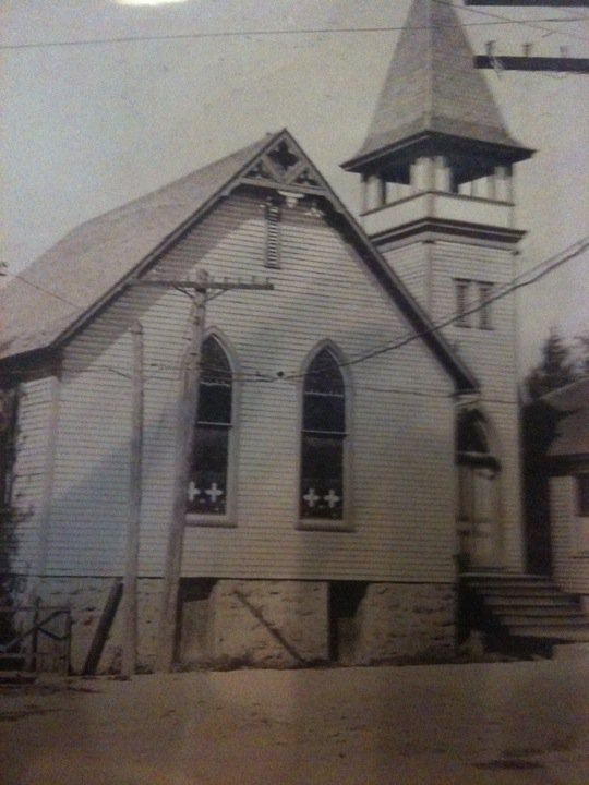 The building was a Methodist Church that was used until 1985.