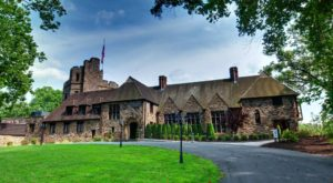 Entering This Hidden Pennsylvania Castle Will Make You Feel Like You're In A Fairy Tale