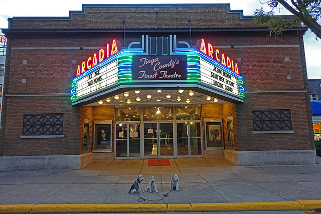 End your perfect autumn day trip with a movie at the Arcadia Theater, dating back to 1921 and boasting four screens showing the latest Hollywood films.