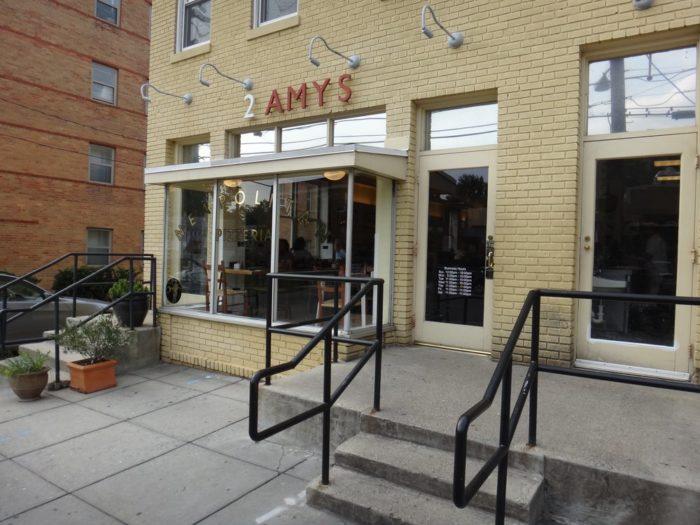 4. 2 Amys Neapolitan Pizzeria - 3715 Macomb St NW