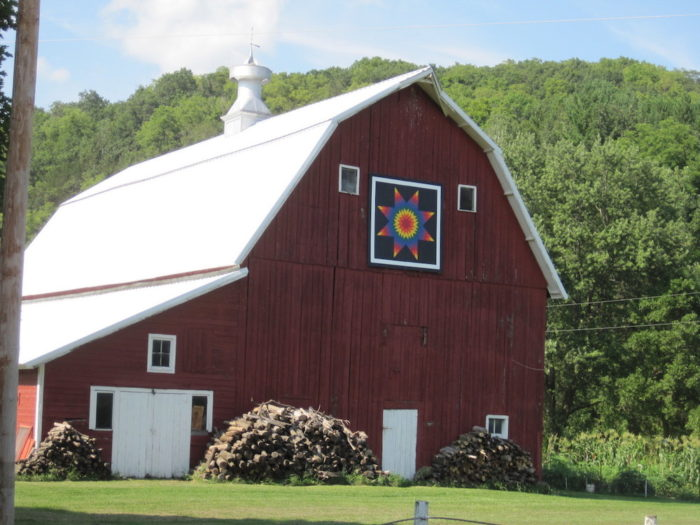 See Small Town Minnesota On This Amazing Barn Quilt Trail