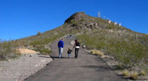 10 Easy Hikes To Add To Your Outdoor Bucket List In Arizona