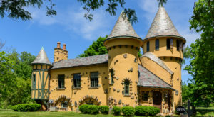 Entering This Hidden Michigan Castle Will Make You Feel Like You're In A Fairy Tale