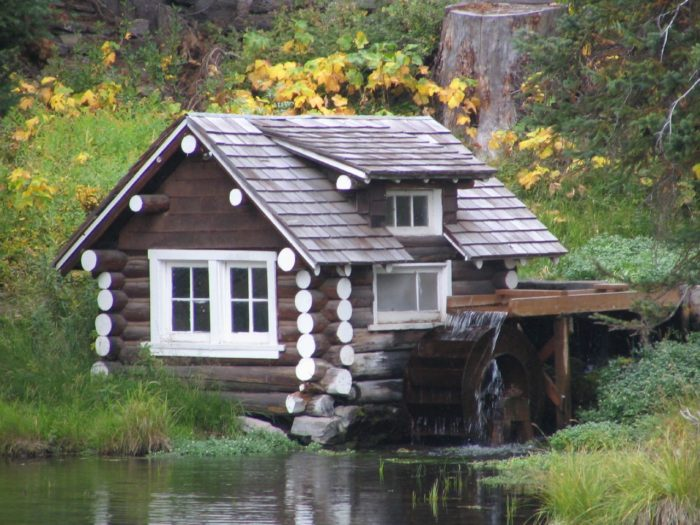 Tucked away on the banks of the pond is a quaint, postcard-ready cabin that is also one of Idaho's overlooked historical sites.