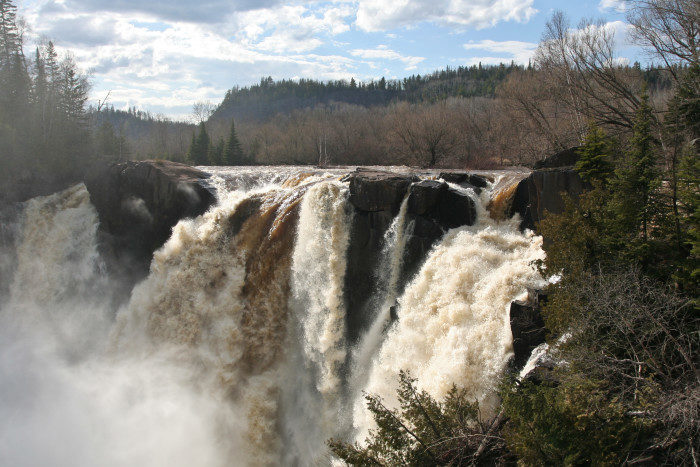 1. Pigeon River High Falls