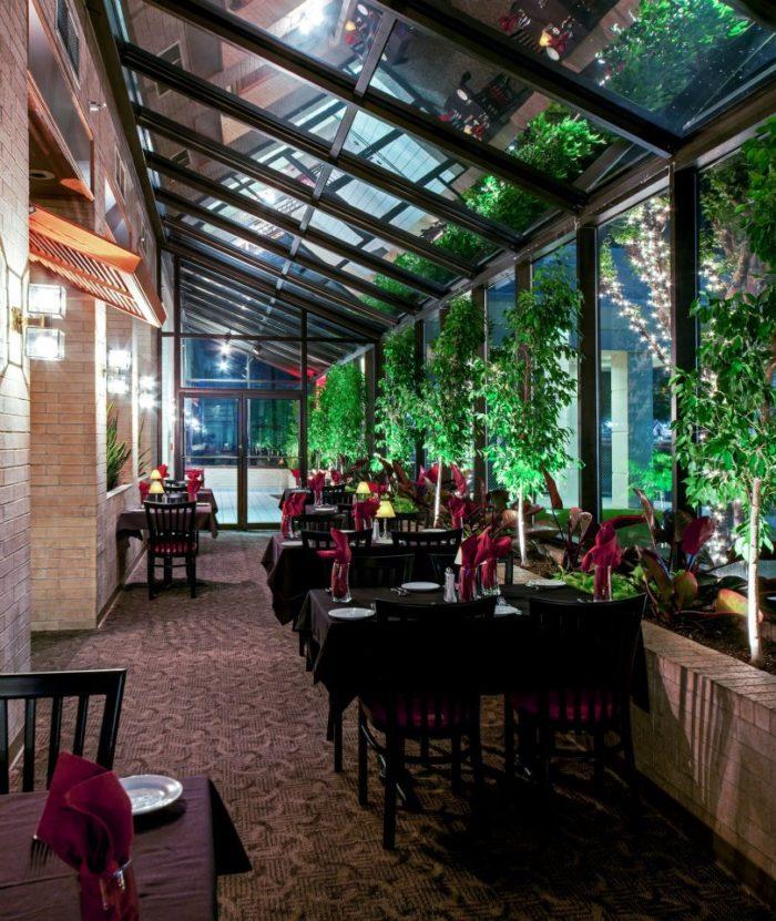 2. Riverfront Steakhouse (North Little Rock)