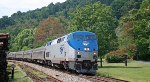 Take This Fall Foliage Train Ride Through Virginia For A One-Of-A-Kind Experience