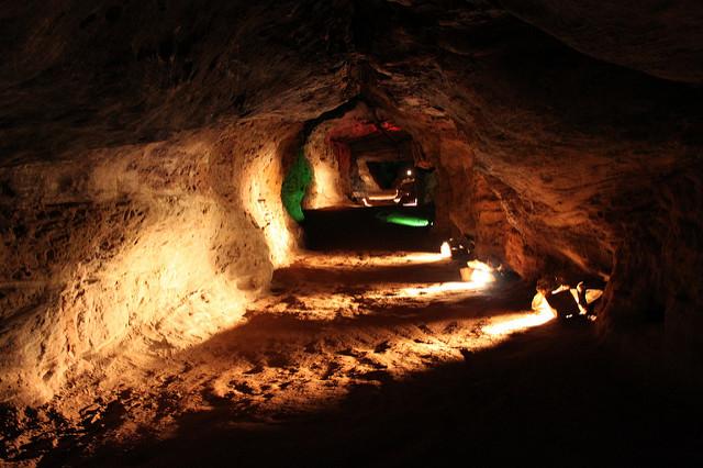 1. Laurel Caverns