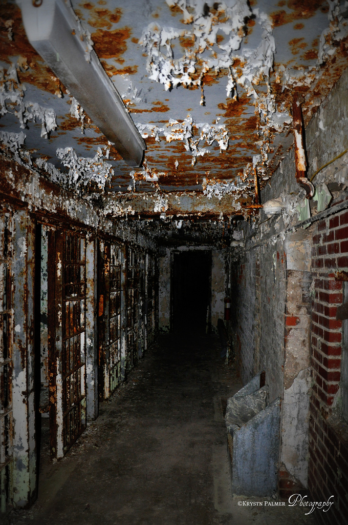 """The most infamous tale of the prison involves """"the hole,"""" a small cell in which prisoners were held for three days when they were being punished. Several sources have reported that at one time there were two inmates held in """"the hole""""—and by the end of the three days one did not make it out alive."""