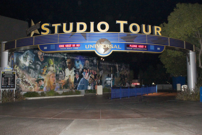 1. We know we can always find the tourists on a Hollywood studio tour.