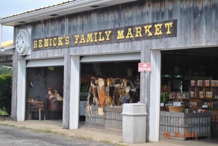 7. Renick's Family Market (Ashville)