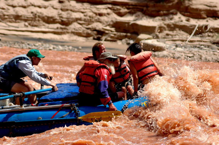 For the more adventurous, Cataract Canyons offers some class IV whitewater rapids.