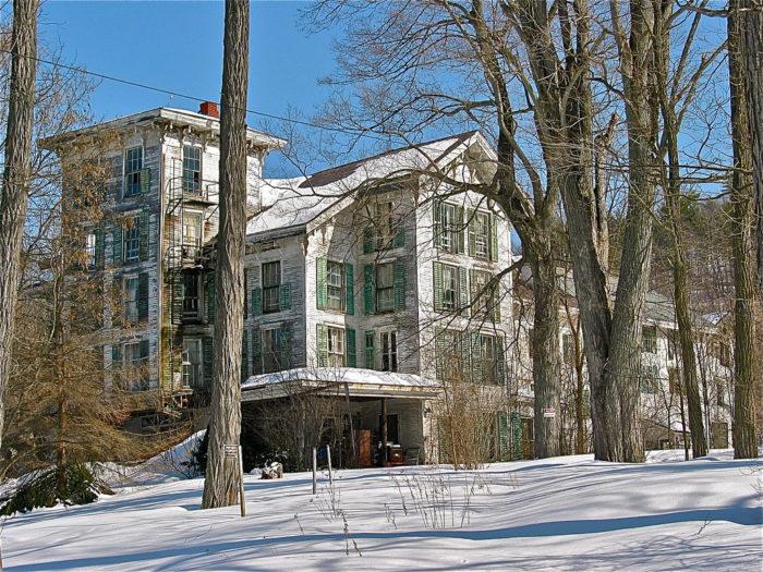 6.  Hyde Manor in Sudbury