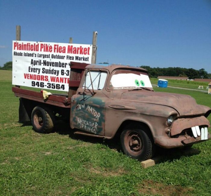 1. The Plainfield Pike Flea Market is the biggest in the state!