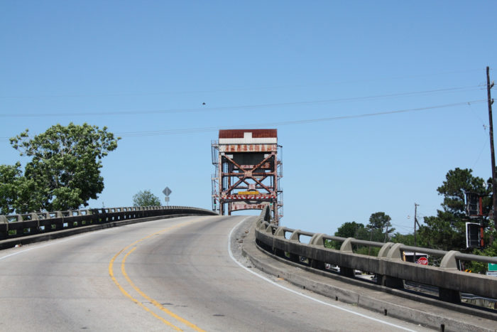 1) LA-1 South from Luling