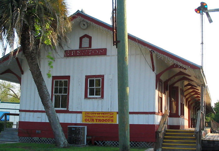 The town's railroad history is visible in the historic Trenton Railroad Depot, built in 1900. There are several other historic buildings cherished by the town.