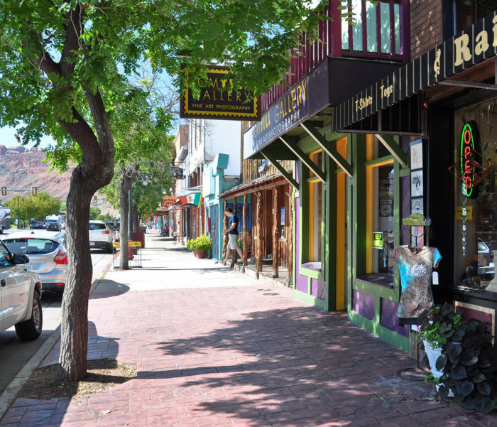 Its Main Street is charming, and the perfect place to take a stroll.